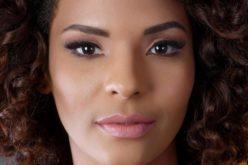 Sacarlet Hernández, comunicadora y actriz; ahora, la cantante…