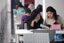 En China, las mujeres son mayoría estudiando en universidades