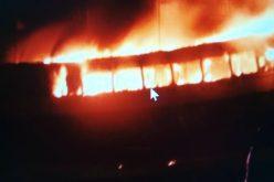 Fuego en estadio Quisqueya provoca posposición juego entre Gigantes del Cibao y Leones del Escogido