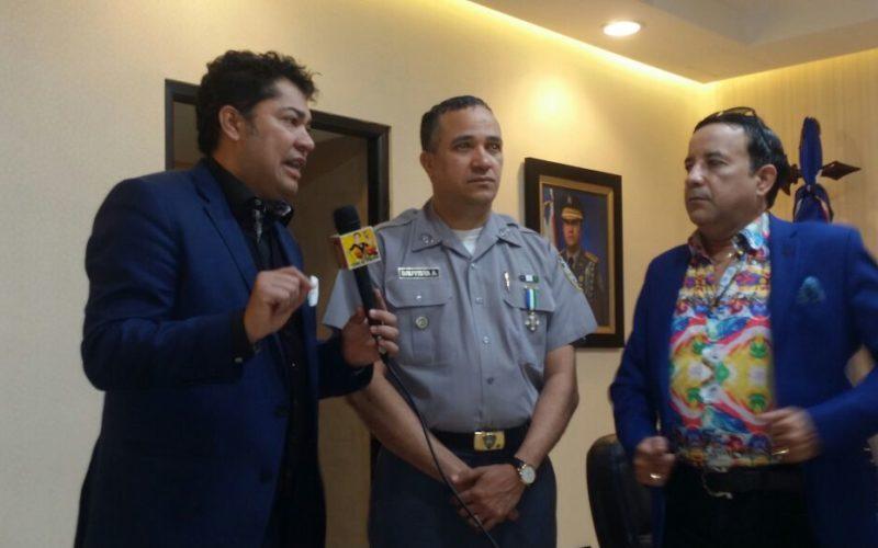El encuentro de El Pachá con el director de la PN, mayor general Ney Aldrin Bautista Almonte