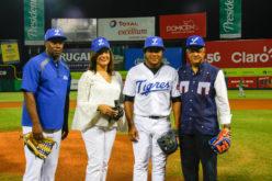 Tigres del Licey con homenaje póstumo a joven fanático fallecido en accidente en EEUU