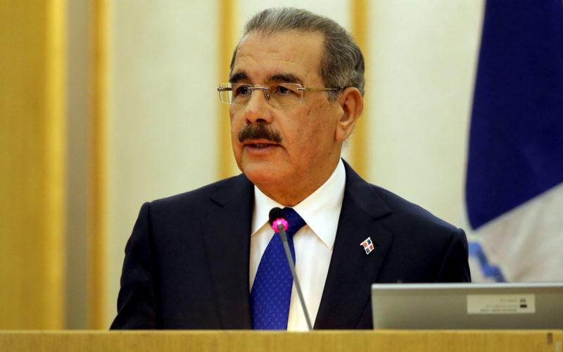 Presidente Medina promulga nueva ley que modifica la 19-00 del Mercado de Valores