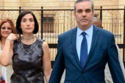 """""""Todo el que aboga por padrón abierto es un cobarde""""… Lo dice Raquel Arbaje, esposa de Luis Abinader"""