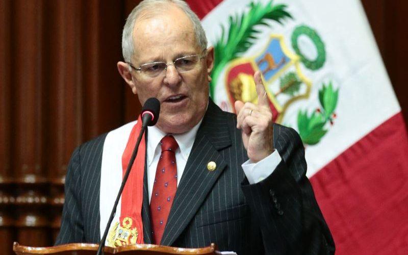 Presidente de Perú sostiene que indulto a Fujimori «Es mi decisión»