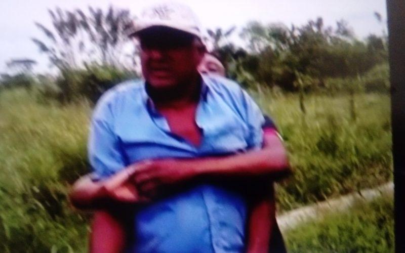 (Video) El hombre que tuvo sexo con yegua jura por Dios que no lo vuelve a hacer