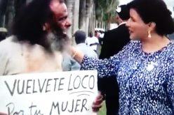 """(Video) La vice Margarita con el """"loco"""" que exhorta al hombre a volverse loco de amor con su mujer y no maltratarla"""