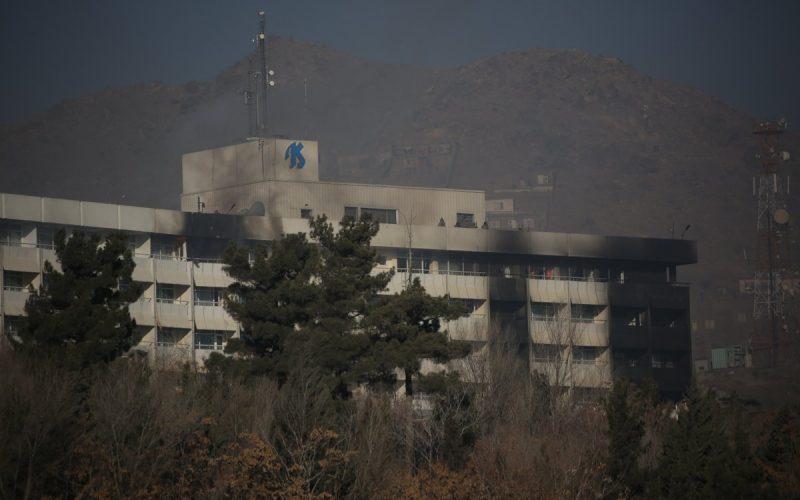 Al menos 18 muertos en ataque a hotel en Kabul