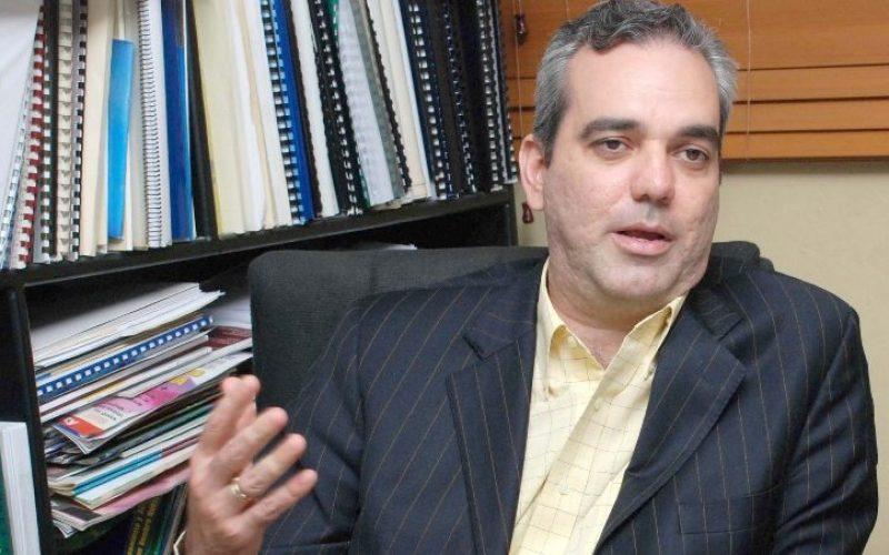 Luis Abinader reitera apoyo a lucha contra impunidad; saluda coordinación entre director de Policía y Marcha Verde
