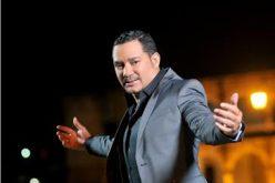 """El bachatero Frank Reyes arranca el 2018 """"envenenao""""…"""