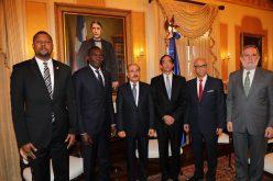 (Video) Delegación de diputados y senadores de Haití visitan al presidente Danilo Medina en Palacio