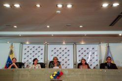 En Venezuela, Gobierno y Oposición posponen elecciones para segunda quincena del próximo mayo