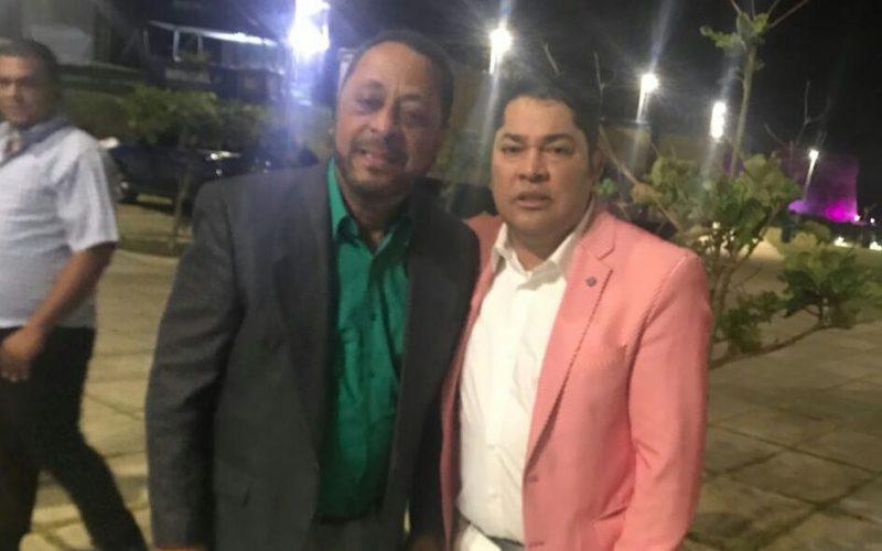 El Pachá y Michael Miguel «como dos buenos hermanitos»… Así lo pronosticó cristalycolores…