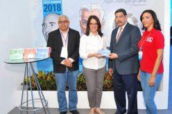 Ministerio de Educación con bonos para compra de libros en la Feria, en apoyo al fomento de la ectura