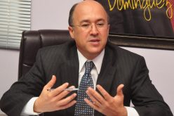 Domínguez Brito, ministro Medio Ambiente, decide renunciar al cargo para ir tras candidatura presidencial PLD