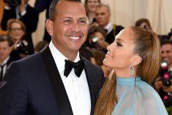 (Video) Jennifer López parece que le está exigiendo el anillo de matrimonio a Alex Rodríguez