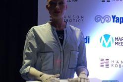 Sofía, la primera «ciudadana robot», rompe el silencio: «Nadie les robará sus empleos»