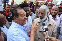 Transportistas Juan Hubieres y Antonio Marte «soltaron en banda» sus partidos y parece que ya no quieren ser candidatos a la Presidencia