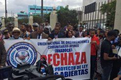 Protesta de UNADOCA frente a la Cámara de Diputados