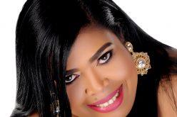 Reyinna Kandell, la cantante, tiene nuevo tema en tiempo de merengue
