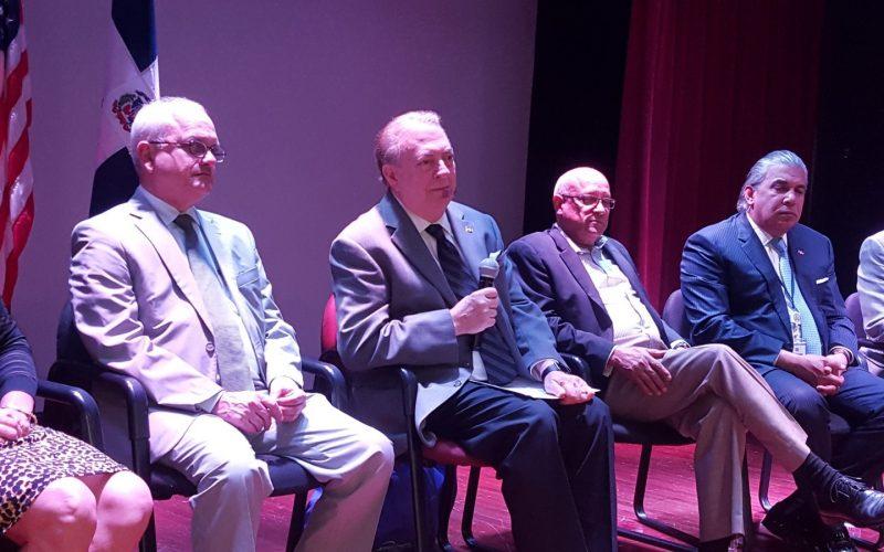La XI Feria del Libro Dominicano en Nueva York anunciada por el ministro de Cultura