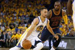 Stephen Curry y Golnde State vencen a LeBron James y Cavaliers 122-103; la serie está 2-0 a favor de los Guerreros