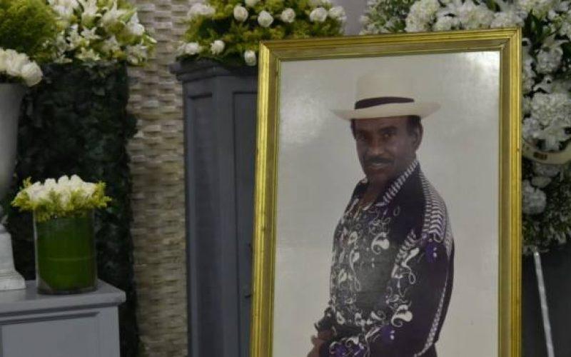 Presidente Medina decreta día de duelo oficial este domingo por muerte de Joseíto Mateo