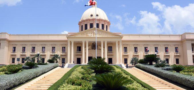 Presidente crea mediante decreto Comisión de Delimitación de Fronteras Marítimas