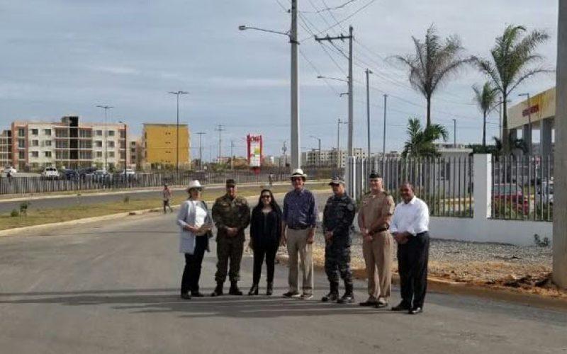 Policías y militares con facilidades para adquirir viviendas en Ciudad Juan Bosch