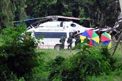 Los 12 niños y su entrenador de fútbol rescatados de cueva inundada en Tailandia
