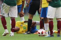 Neymar, defendido por su compatriota Ronaldo; dice no actúa en Copa del Mundo en Rusia