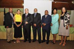 (Video) El Dr. Jesús Feris Iglesias con dos merecidos reconocimientos