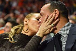Es probable que Jennifer López le devuelva su anillo a Alex Rodríguez, y cada quien por su lado