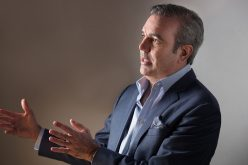 """Luis Abinader rebate a Danilo Medina: """"Un modelo económico ideal es el que satisface las necesidades de la gente"""""""
