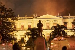 «Pérdida incalculable» por fuego en Museo Nacional, sostiene el presidente de Brasil, Michel Temer