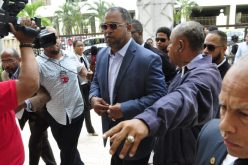 (Video) Reportero de CDN denuncia Raúl Mondesí, ex Grandes Ligas y ex alcalde de San Cristóbal, lo amenazó e intentó agredirlo
