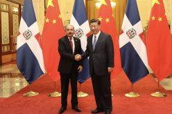Presidente dominicano, Danilo Medina, sostiene reunión de trabajo con su homólogo de China, Xi Jinping