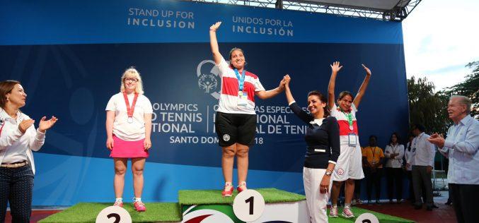 RD logra primera medalla de Oro en Invitacional Mundial de Tenis de Olimpíadas Especiales SD 2018