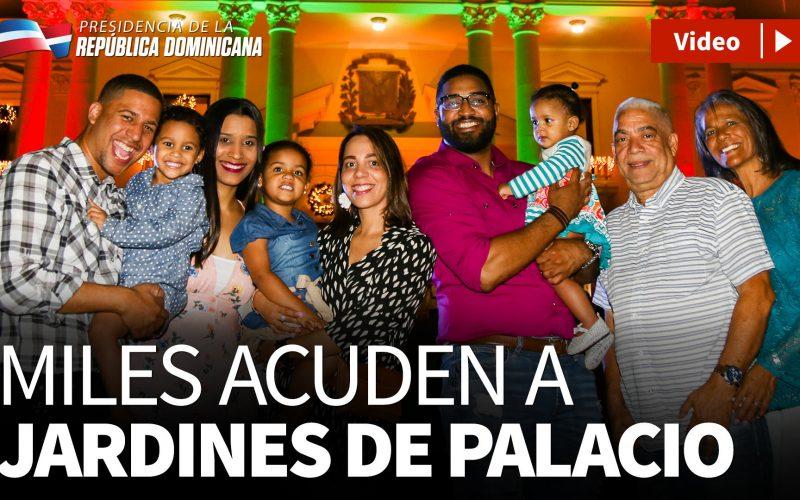(Video) El pueblo en los jardines del Palacio Nacional disfrutando de la música, alegría y luces de la Navidad