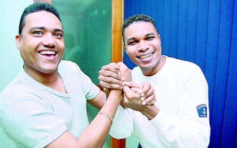 """(Video) Raymond y Miguel """"mataron"""" en el anfiteatro de Puerto Planta con """"Un show fuera de serio""""; ahora van al Palacio de los Deportes de la Capital"""