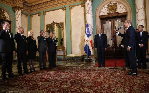 (Video) Juramentados los 4 nuevos jueces del Tribunal Constitucional por el CNM encabezado por el presidente Danilo Medina