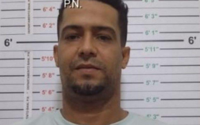 (Video) «Buche», principal sospechoso del asesinato del comandante de la Policía de Baní, Ramos Álvarez, se entregó a las autoridades