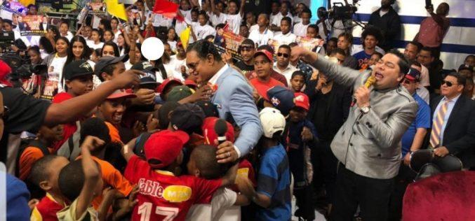 (Video) El Pachá con Sammy Sosa y José Miguel Bonetti