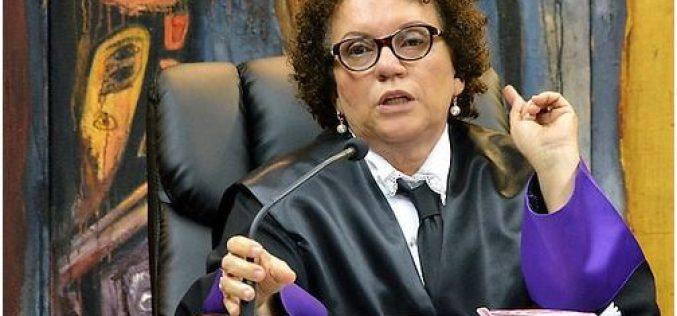 """A la magistrada Miriam Germán: """"La dignidad no necesita apellido… Miram tampoco"""""""