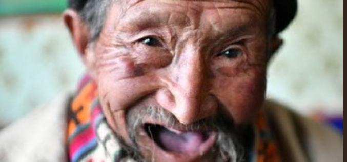 Celebrando sus 99 años: «Deseo vivir más tiempo para ver un Tíbet más próspero»