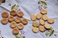 Xiomarita Pérez llama a preservar tradición de «galleticas crucificadas» en habichuelas con dulce