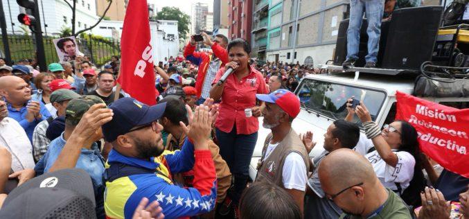 Nicolás Maduro dice contar  con lealtad de todos los comandantes de regiones y de zonas de defensa de Venezuela