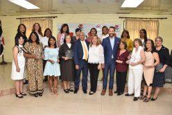 Fundación Carlos de la Mota reconoce a 16 mujeres de La Vega por su destacada trayectoria