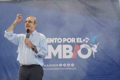 Luis Abinader rechaza informe de PGR y Policía sobre caso David Ortíz; recomienda designar comisión independiente para investigar