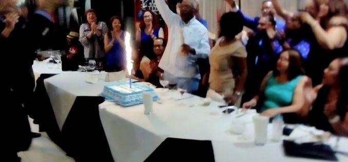 (Video) Le cantaron «¡Cumpleaños feliz!» a Pedro Araujo en cierre de campaña de Fausto Polanco, quien por segunda vez va tras presidencia Acroarte