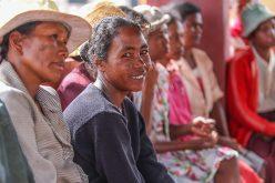 Más de 700 millones de personas viven con menos de dos dólares al día, según datos del Banco Mundial